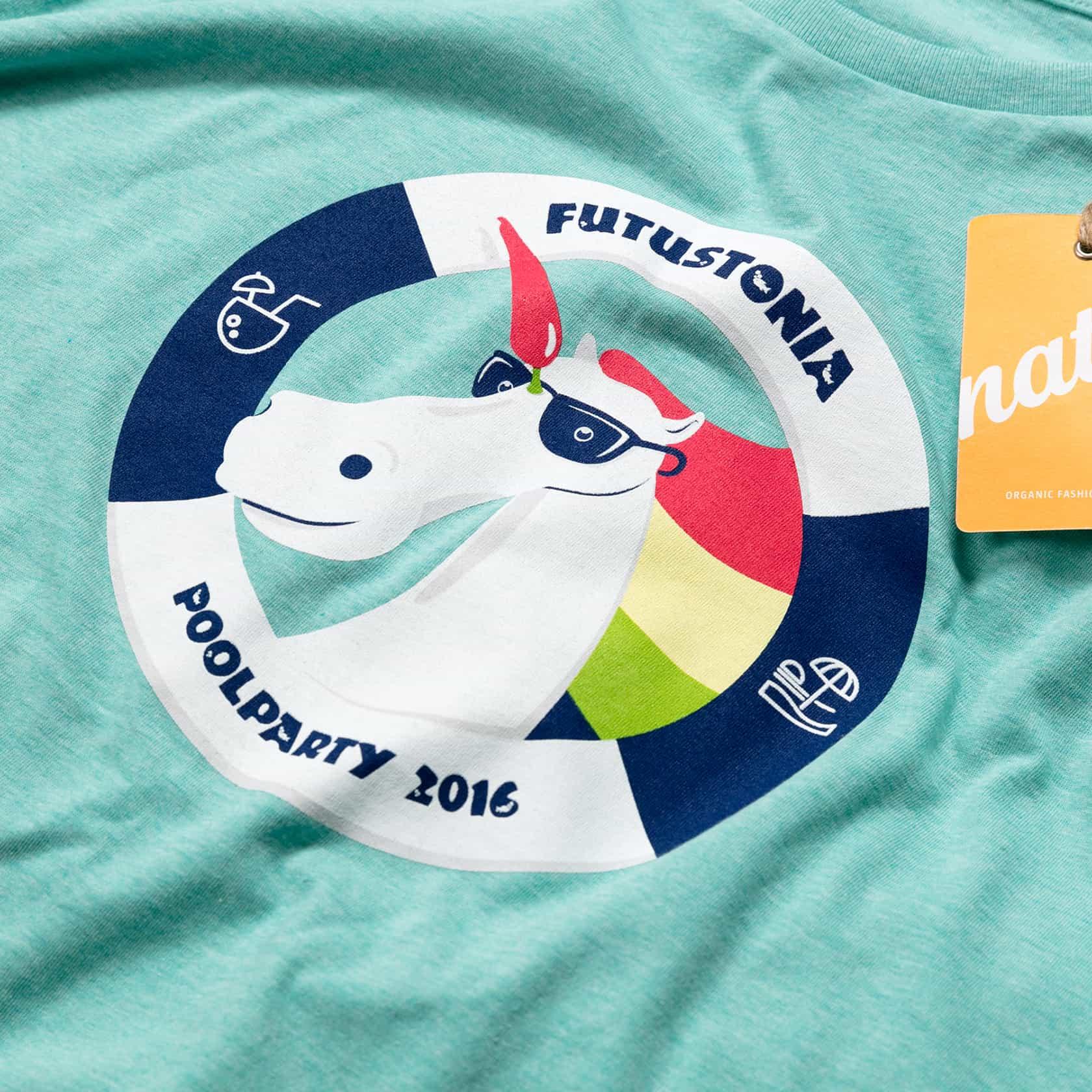 Futuricen vihertävä meleerattu t-paita ja monivärinen t-paita painatus