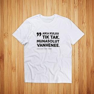 T-paitojen painatus CMore, valkoinen t-paita ja musta painatus