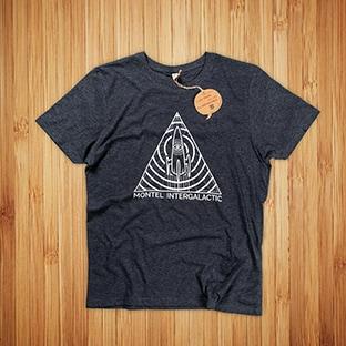 T-paitojen painatus Montel Intergalactic, Kierrätysmateriaaleista valmistettu t-paita