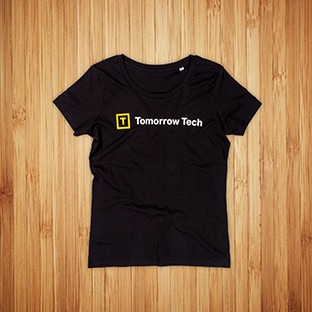 Tomorrow Tech t-paitojen painatus