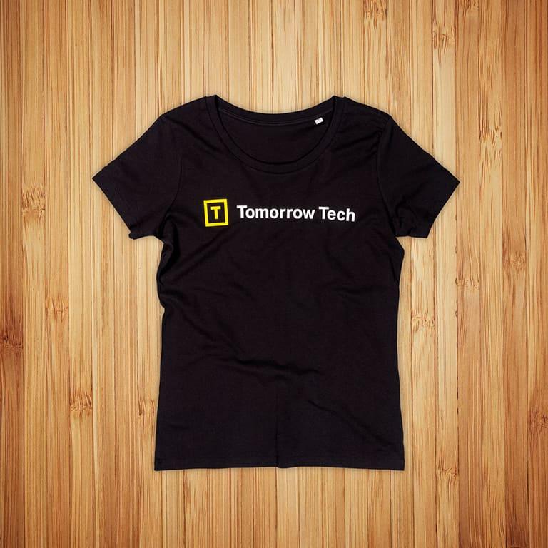 Tomorrow Tech t-paitojen painatus