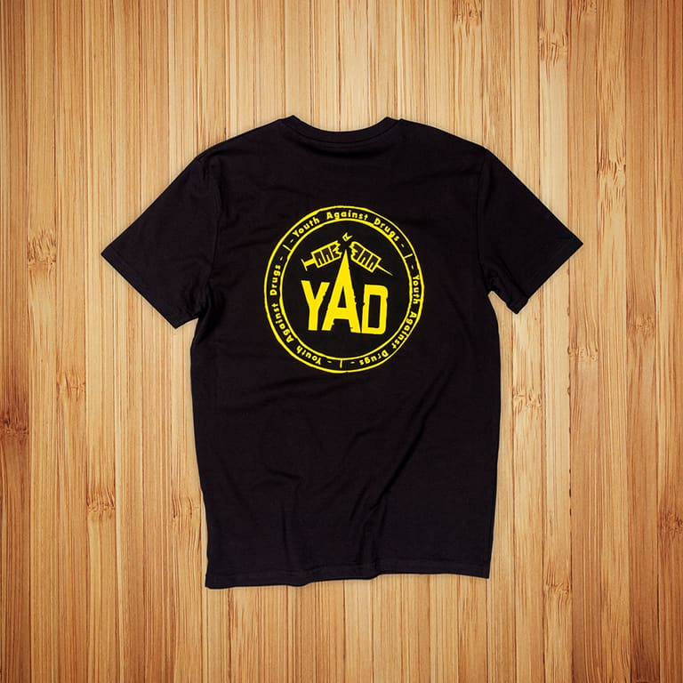 Youth Against Drugs t-paitojen-painatus